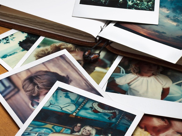 megosztott fotóalbum közreműködőkkel1-600x450