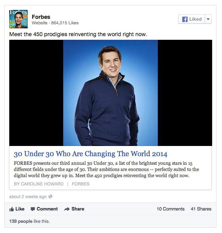 Figyeljük meg, hogy ebben a posztban egy nagy méretű kép van, alatta cím és szöveg, felette pedig a bejegyzés készítő szövege.
